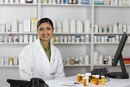 What Courses Does a Pharmacy Assistant Need?