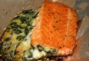 How Much Potassium & Protein Are in Salmon?