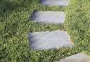How to Design a Stepping Stone Path on a Lawn