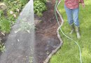 How to Add Moisture to Garden Soil