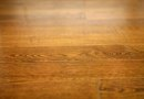 How to Treat a Wood Floor That Is Drying Out