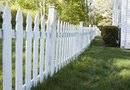 How to Edge a Garden By a Picket Fence