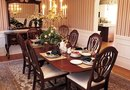 How to Decorate an 18th-Century Styled Dining Room