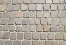 How to Outline a Driveway With Pavers
