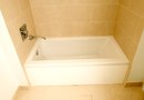 How to Repair Tub Caulk
