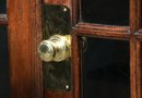 How to Repaint Brass Doorknobs