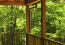 How to Spray a Wood Deck With Waterproofing