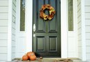 How to Decorate the Front Door for Thanksgiving & Harvest
