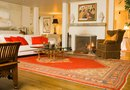 How to Decorate With the Color Coral