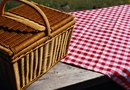 How to Protect an Outdoor Picnic Table