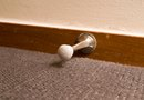 How to Cut Baseboards Without Removing Them From the Wall