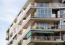 How to Hang Shades on Balconies
