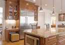 How to Decorate a Kitchen With High Ceilings