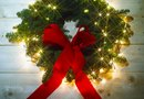 How to Make Lighted Wreaths for Windows