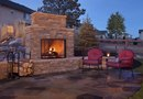 How to Design an Outdoor Fireplace Patio