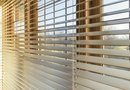 Differences Between Vertical and Horizontal Blinds