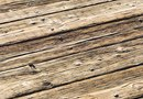 How to Get Pine Resin Off of a Deck