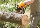 How to Pull the Starter Cord on a Stihl Chainsaw