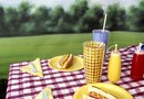 Picnic Supplies & Decorations