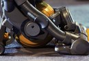 How to Remove the Dyson Canister
