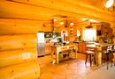 Colors to Use in a Kitchen With Knotted Pine Cabinets
