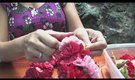 How to Make a Carnation Flower Lei