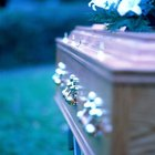 How to Create Funeral Announcements