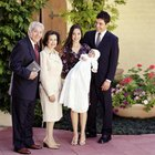 How to Officiate a Christening Ceremony
