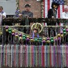 What Do the Colors of Mardi Gras Beads Mean?