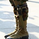 Airlines That Give Upgrades to Uniformed Servicemen