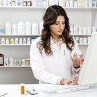 Do You Have to Go to College to Take a Certification Test for a Pharmacy Technician?