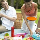 How to Plan a Community Potluck Picnic
