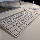 How to Connect a Wireless Apple Keyboard to a PC