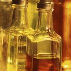 How to Mix Your Own Vinegar & Oil for Sandwiches