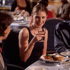 What to Say to Your Boyfriend's Mother at the First Dinner