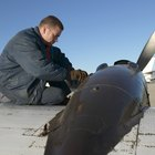 The Average Salary of an Aviation Mechanic With a College Degree