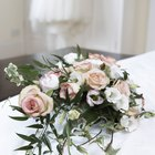 How to Make a Wedding Cascade Bouquet