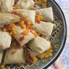 How to Cook Tamales With Raw Masa