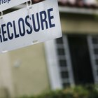 How Many Points Do You Lose on Your Credit Score After a Foreclosure?