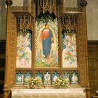 Are Reredos Used in Catholic Altars?