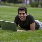 The Advantages & Disadvantages of Online Classes Used in Colleges