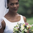 How to Attach a Wedding Veil to the Headband
