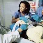 What Are the Duties of Emergency Room Registered Nurses?