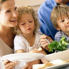 How Could You Organize a Dinner Meeting for a Big Family & Their Kids?