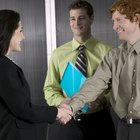 How to Give a Good Impression Before Starting on a New Job