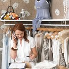 What Is a Retail Department Manager Responsible For?