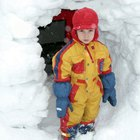 How to Make an Igloo With Prekindergarten Children