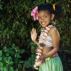 How to Dress Kids in Hawaiian Style