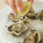 How to Bread and Deep-Fry Oysters