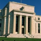 How Does the Federal Reserve Set Interest Rates?